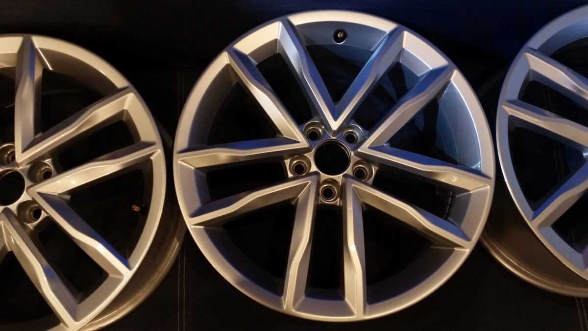 17-inch Mirabeau alloy wheels from Polo 6C OEM - teaser | 2015 11 17 23.40 scaled