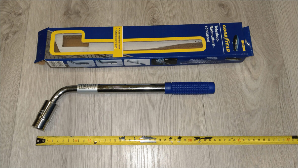 Goodyear 75521 Wheel Wrench 17/19 mm + Goodyear 75522 Torque wrench 42-210 Nm   IMAG9019 ps scaled
