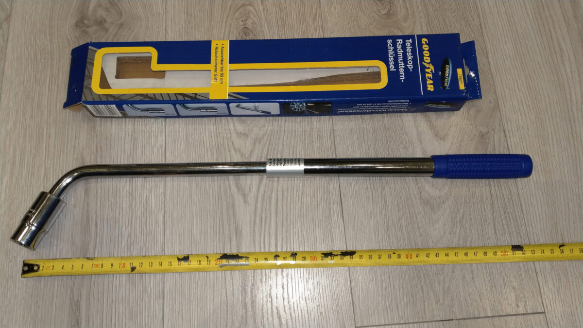 Goodyear 75521 Wheel Wrench 17/19 mm + Goodyear 75522 Torque wrench 42-210 Nm   IMAG9019 ps2 scaled