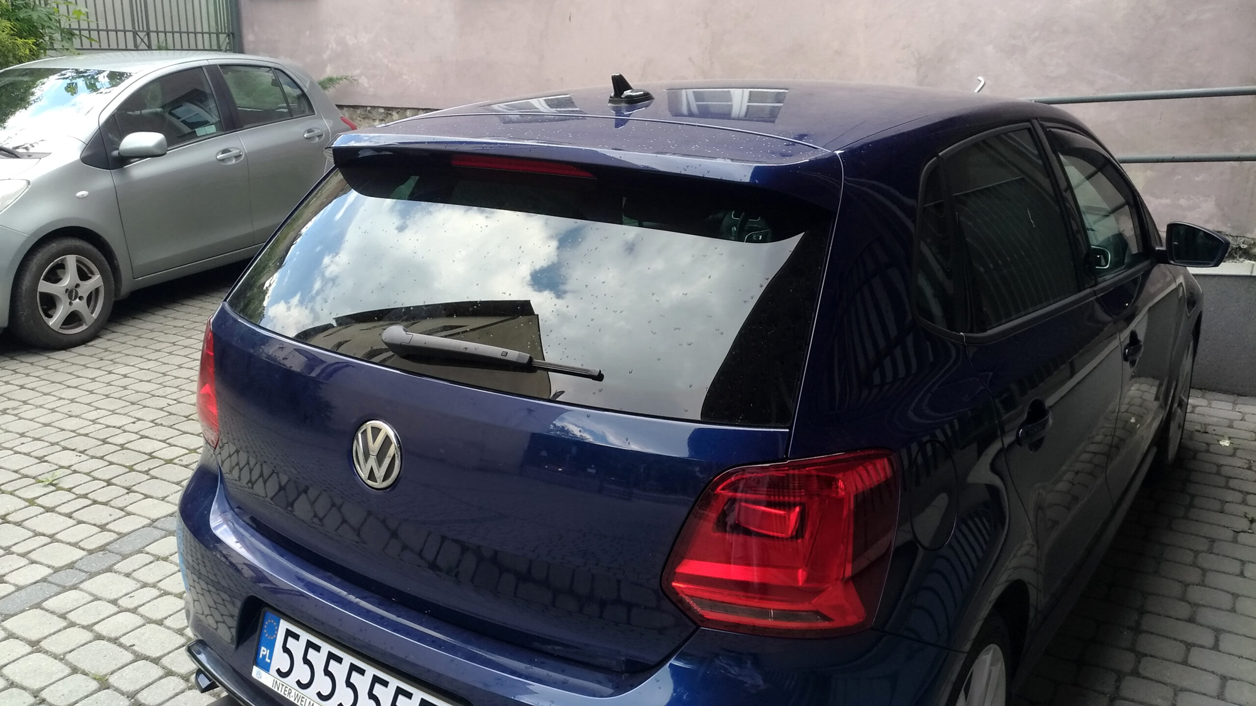 R-Line roof spoiler — Polo 6R R-Line / GTI / BlueGT/6C R-Line   P 20180522 155339 vHDR Auto scaled