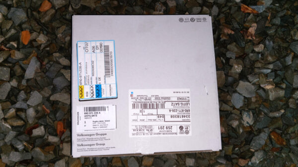 Bought some parts needed for battery relocation   6R0971226A IMAG2494