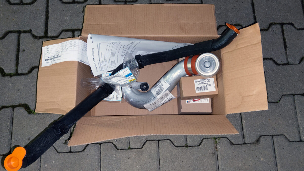 Several parts for the future engine | CDL parts IMAG1555