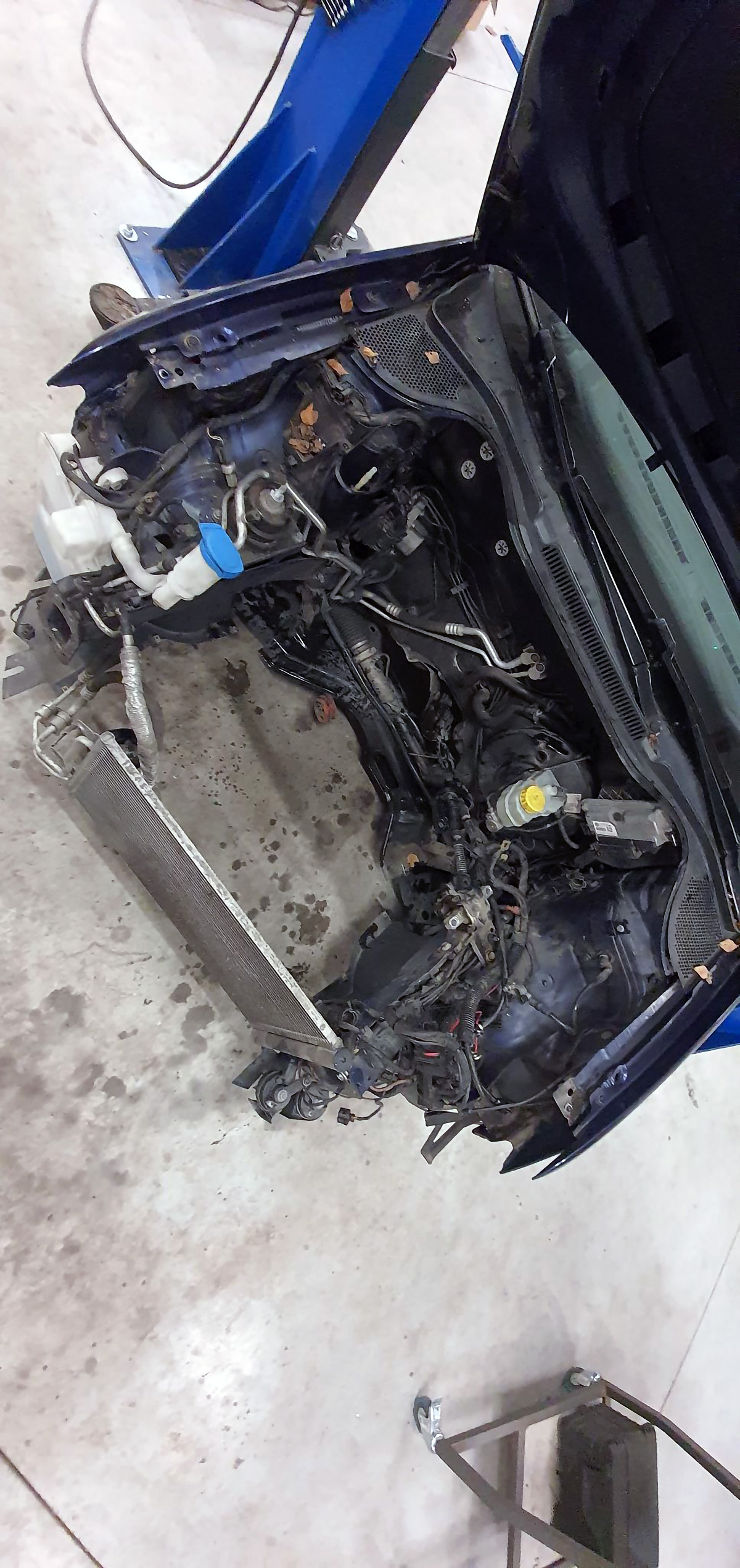 Old engine removed | Polo 6R without engine